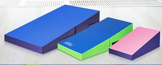 Giantex's Incline mat for home gymnastics